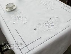 Obrus haftowany ręcznie MAK STYLIZOWANY